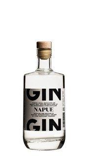 """Gin """"Napue"""" Kyro"""
